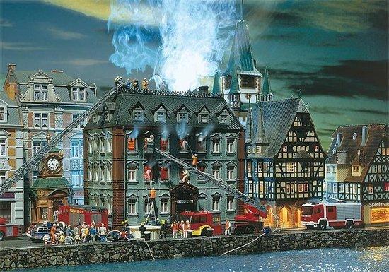 Faller – Belastingkantoor in vuur en vlam